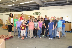 united food bank volunteer event2